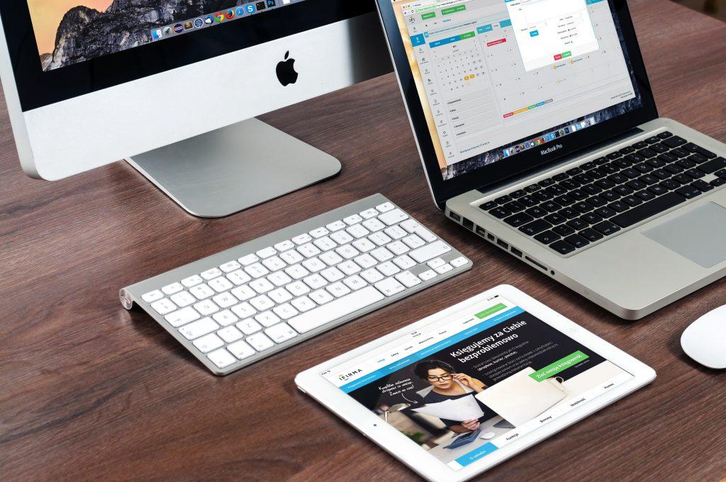 apple-desk-imac-39284-1024x680